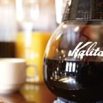 ランチタイムは、コーヒーやオレンジジュースが ドリンクバーで楽しめます。